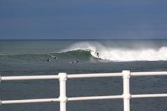 Playa de san Lorenzo (omar suarez asturias) Tags: gijon asturias españa omarsuarezphotography omarsuarez surf surfing surfer la21 elmongol waves wave olas ola oceano ocean beach canon 150600mm spot