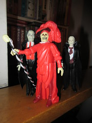 Mask of the Red Death Phantom of the Opera 8123 (Brechtbug) Tags: mask red death phantom opera masque funko super7 reaction remco minimonsters figure from 1980 lon chaney sr eric paris monster dusty action universal monsters new york city 2018 france convict devil s island scary horror terror halloween fright toy toys creatures shadow ghoul teacher mentor victor hugo skull like shadows creepy sideshow 1980s nyc creature super 7 seven