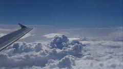 flight scene 14112018 005 (Dirk Buse) Tags: brindisi puglia italien ita flug flight italy italia wolken himmel sky cloud horizon horizont blau blue sonne licht hell sun window fenster fensterplatz mft mu43 m43