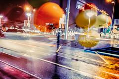 Hier soir, quelque part sur Crissier (Plume.photo) Tags: ville urbin phare voiture lumière ballons couleurs leica leicamp