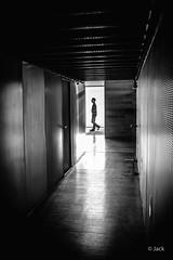 lueur (Jack_from_Paris) Tags: jpr8268d800ebw nikon d800e nikkorafs35mmf14ged 35mm f50 lightroom capture nx2 monochrom bw noiretblanc nb street paris 13° ombre lueur passant shadow corridor couloir pov bnf