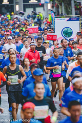 LD4_9873 (晴雨初霽) Tags: shanghai marathon race run sports photography photo nikon d4s dslr camera lens people china weekend november 2018 thousands city downtown town road street daytime rain staff