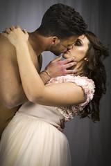 Baciami ancora... (michelina cipro) Tags: bacio amore passione giovani vita futuro tenerezza