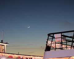 013 Crescent Moon Between The Ships (saschmitz_earthlink_net) Tags: 2018 california marinadelrey boat parade marinadelreyboatparade christmasparty suez