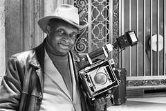 Louis Mendes (Gui.llau.me) Tags: louis lendes legend amercian polaroid noir et blanc black white portait street appareil photo device travel voyage new york city usa us