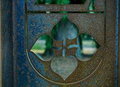 Graveyard Blues (BeMo52) Tags: baum durchsicht friedhof löcher lumixgmacro30mmf28 macro makro ornamente ornaments quatrefoil tree vierblatt view