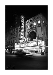Chicago Theatre (Jean-Marc Vogel Photography) Tags: nb noiretblanc noirblanc noir blanc nero blanco schwarz weiss black white bw blackandwhite blackwhite balabanandkatzchicagotheatre loop chicago landmark theater theatre théâtre photodenuit enseignelumineuse