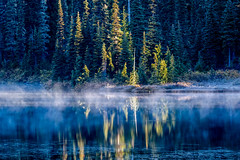 Reflection Lake (jeff's pixels) Tags: mountrainier mountrainiernationalpark nationalpark washington pnw nature nikon d850 mist fog reflectivelake reflection lake