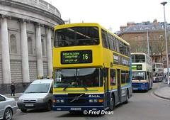 Dublin Bus RV432 (98D20432). (Fred Dean Jnr) Tags: april2005 dublin dublinbus busathacliath dublinbusyellowbluelivery volvo olympian alexander r collegegreendublin rv432 98d20432 dublinbusroute16 s907yoo