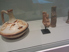 A decorated jug and two figures of musicians   CaixaForum, Madrid, June 2018 (d.kevan) Tags: exhibitions caixaforum ancientinstruments displaycabinets june2018 madrid spain exhibits musicians figures jug decoration