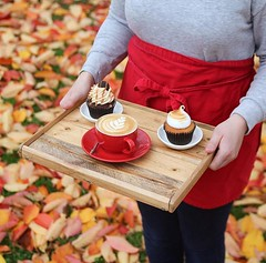 Loving the leafy canvas we've been having over this week so far 🍂🍁 but which cupcake will it be on a day like today? Lemon meringue or chocolate salted caramel? 😋 coffee is a given of course 😉 . #bombompatisserie #autumnalv (bombompatisserie) Tags: loughborough cake cafe bom patisserie