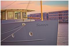 SOMOYA • amsterdam (bert • bakker) Tags: boat boot javakade amsterdam noordholland nederland thenetherlands zonsondergang sunset aurumn herfst nikon85mm18g