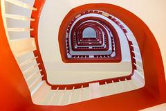 The way up (Elbmaedchen) Tags: staircase stairwell stufen stairs roundandround treppenhaus treppenauge treppe escaliers escaleras interior kontorhaus rotweis spirale spiral