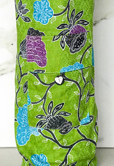 Pocket Bag Apple Green.jpg (KIZEN THE LABEL) Tags: matbag yogamatbag yoga shellbutton madewithlove flower balisarong flyinghearts heart pilates sarong kizen pocketbagapplegreen