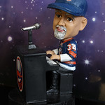 Billy Joel Bobble-Head thumbnail
