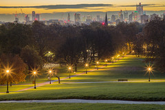 Away / Lontano (London skyline from Primrose Hill, London, United Kingdom) (AndreaPucci) Tags: primrose hill london uk cityoflondon sunrise park andreapucci