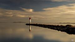 Poétique (flo73400) Tags: phare paysage eau zen landscape water lighthouse