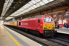 67018 1Q18 Preston (British Rail 1980s and 1990s) Tags: train rail railway loco locomotive lmr londonmidlandregion mainline wcml westcoastmainline livery liveried traction diesel station lancs lancashire preston