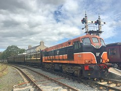 Downpatrick, 07/09/2018 (Milepost98) Tags: ni northern ireland irish dcdr heritage vintage preserved museum line shunt itg traction group diesel locomotive 146 b b146 class gm downpatrick county down railway carriage coach carriages coaches bcdr railmotor 72 148 gswr 836