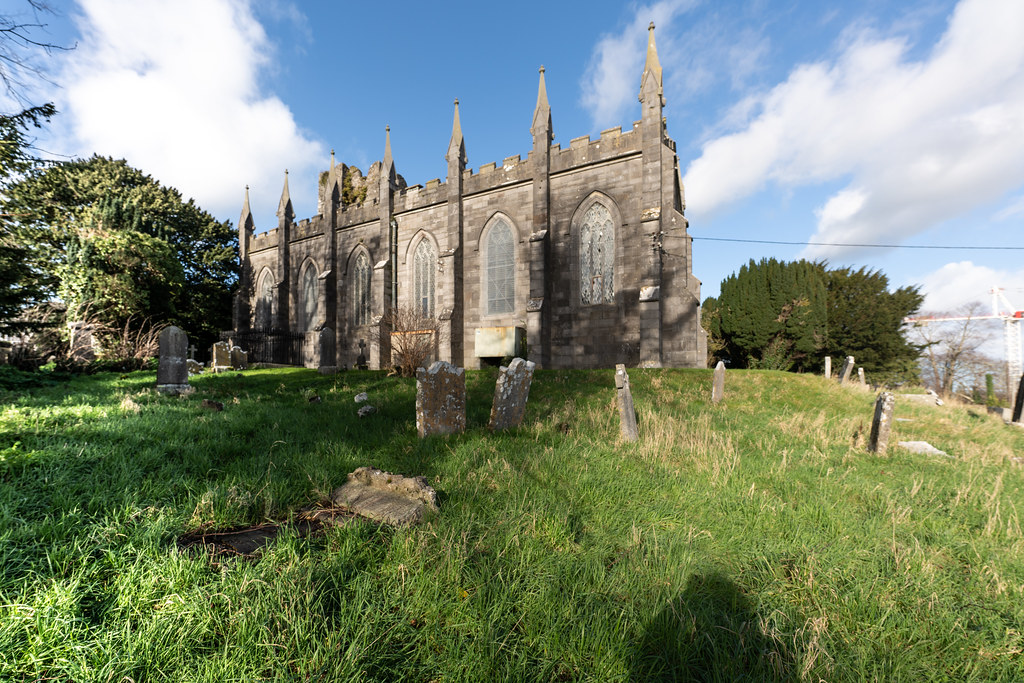 ST COLUMBA'S CHURCH AND GROUNDS IN SWORDS COUNTY DUBLIN [CHURCH ROAD]-148808