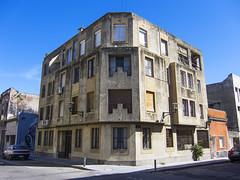 Ciudad Vieja, Montevideo (George Baritakis) Tags: montevideo uruguay latinamerica sudamerica travel travelling travelblog architecture city