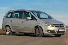 Opel Zafira B (Oláh Ferenc) Tags: opel zafira b hajdúszoboszló nagyhegyes canon eos dslr 550d photography love budapest hungary photoshop europe north car german km