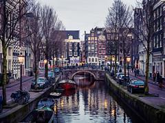 A0153119 (rpajrpaj) Tags: amsterdam city netherlands nederland nederlandvandaag bluehour thebluehour cityscape citylights