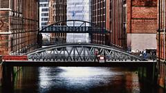 Hamburg bridges (Miradortigre) Tags: bridge brucke hamburg hamburgo alemania germany brick ladrillos water agua port puerto warehouse speicherstadt urban stadt ciudad city urbano германия 德国 ドイツ