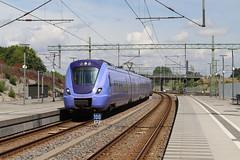 Skånetrafiken, Hyllie 2018-07-11 (Michael Erhardsson) Tags: station järnväg sommar juli 2018 pågatåg skåntrafiken ankommer