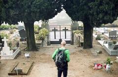 (martine.es) Tags: portugal portra160 kodakportra kodakfilm kodak canonae canonae1 film filmphotography filmphoto filmneverdies filmcamera cemetery graveyard 35mm caramulo caramulinho mountain