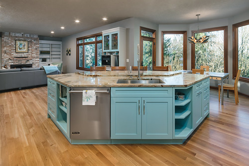 Meadow Way Kitchen 001