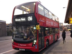Catford's new smart-hybrids with stop/start tech but with an engine wanting for more torque. | Stagecoach London Enviro 400H MMC working the 136 to Grove Park. (alexpeak24) Tags: grovepark elephantandcastle 136 smarthybrid enviro400hmmc london stagecoach