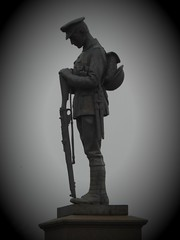 Remember (Brian Cairns) Tags: newmains 19141918