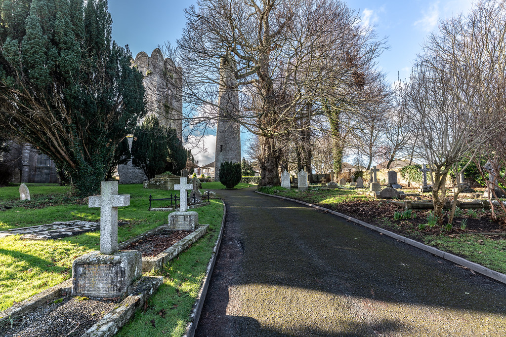 ST COLUMBA'S CHURCH AND GROUNDS IN SWORDS COUNTY DUBLIN [CHURCH ROAD]-148775