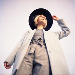 img011 (Leon-ars) Tags: portrait girl beauty film mediumformat 120film 6x6 yashica autumn portra kodak analog color