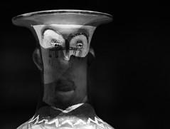 MAP, Santiago de Chile (Mario Rivera Cayupi) Tags: arte museo planart1450 blackandwhite art museum zeisslens canon80d santiagodechile blancoynegro lentezeiss 50mm14 arteprecolombino arteantiguo artetradicional artesanía alfarería precolumbianart ancientart traditionalart crafts pottery bw