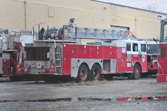 ExFDNY Ladder 705 (Triborough) Tags: nj newjersey middlesexcounty eastbrunswick fdny newyorkcityfiredepartment firetruck fireengine ladder ladder705 seagrave