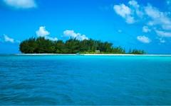 Bora bora Motu (abder.belegbaili) Tags: polynésie polynesia lagon lagoon atoll motu borabora