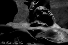 In Love united... (darkangel1910) Tags: vereint love liebe unzertrennlich gemeinsam united fotografie liebezurfotografie leidenschaft lichtundschatten lightandshadow her him angel engel bologna cemeteries cemetery cimetière cimitero certosa campo schwarzundweis blackandwhite begraafplaats bella italia italy italien italienisch arte art ausdemherzenfotografiert abschied morte memories moments monumentale memory mystisch monument stille momente amore silent missing vergänglichkeit vermissen darkness düster dark detail death dunkel despair gedenksteine gothic graveyard grabmal grabstätte grabmäler gruftenhalle gruftengang gravestones friedhof friedhöfe forthelovetothedetail flügel photography passion photo pictures