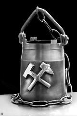 mining my memory (Aspenlaub (blattboldt)) Tags: stilllife bucket tub mine miner tool monochrome blackwhite noiretblanc schwarzweis zeiss sony ilce7rm3 alpha7riii manualfocus manualiris manualexposure specialthankstochristophecasenaveandhisteamfromzeissfortheirpersonalinvolvementinthedevelopmentoftheloxialensline ⚶ emount loxia2485 loxia2485sonnar 85mm 51695547 sonnar physiognomic polarizer polfilter brass art longtimeexposure highcontrast germany europe memory miningindustry microcontrast 3dpop manualwhitebalance abteufkübel tactile metal beyond over remains leftover laudātū wabisabi 侘寂