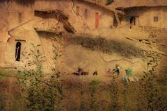 LAVANDERAS EN EL ATLAS (luiggiaguilar4) Tags: marruecos atlas mujeres lavanderas adobe