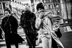Images on the run.... (Sean Bodin images) Tags: skudtibyen streetphotography streetlife seanbodin streetportrait january 2019 cold copenhagen citylife candid city citypeople nørreport