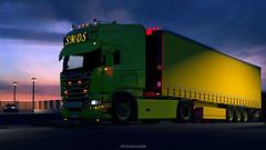 Daugavpils (LV) (black_moloko) Tags: smds scania night sky ets2 v8 garage latvia daugavpils