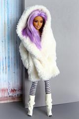 Dreamtopia Barbie on MTM body (Deejay Bafaroy) Tags: barbie dreamtopia mermaid doll puppe mattel fashiondoll portrait porträt mtmbody madetomove mtm lilac purple violett lila hair haar coat mantel dollsalive boots stiefel habilisdolls