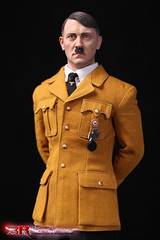 3R GM640 Adolf Hitler 1889-1945 Ver B - 01 (Lord Dragon 龍王爺) Tags: 16scale 12inscale onesixthscale actionfigure doll hot toys 3r did german ww2 axis