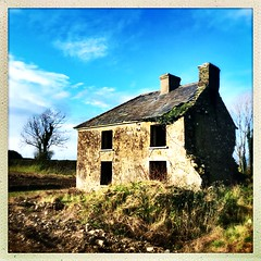 "Once was home (Julie (thanks for 8 million views)) Tags: bleakhouse abandoned derelict farmhouse building wall hww squareformat hipstamaticapp iphonese wexford ireland irish rural windows ruin once was home"" 100xthe2019edition 100x2019 image13100"