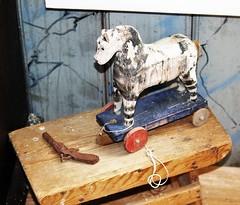 6Q3A4286 (www.ilkkajukarainen.fi) Tags: horse hevonen toy lelu leikki åland ahvenanmaa suomi eu europa scandinavia travel travelling happy life visit wood carving puu veistos folk art pyssy björkör