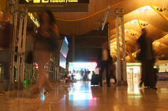 Equipajes & Salidas (Coquine!) Tags: christianleyk spain spanien españa madrid airport barajas terminal4 flughafen aeropuerto salidas