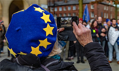 Brexiteer (Fermat 48) Tags: manchester brexit remainers eu beret stars blue flags stpererssquare mobilephone camera demonstration eos 7dmarkii leavers yellow