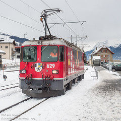 RhB 629, Scuol (MacCookie) Tags: 629 bahnhofscuoltarasp cantonofgraubünden confoederatiohelvetica engiadinabassavalmüstair europe ferroviaretica ge44ii ge44 graubünden grisons neubaualbulatunnel rhb rhaetianrailway rhätischebahn schweiz scuol suisse svizzera swissconfederation swissrailways switzerland tiefencastel advertisinglivery bahn eisenbahn electriclocomotive engine lightengine locomotive metregaugerailway narrowgaugerailway railways snow winter zug